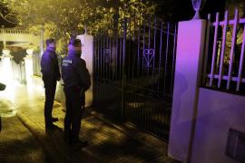 Entran en la vivienda de un guardia civil en Establiments y se llevan su pistola y uniforme