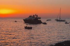 Denuncian una fiesta en un barco con 25 personas a bordo en Sant Antoni
