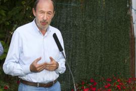 El PSOE promoverá una iniciativa popular si se suspende la ayuda   de 400 euros