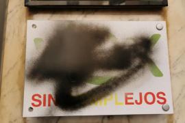 VOX denuncia que «los radicales» han vuelto «a pintarrajear» su sede de Palma