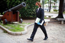 Campos (VOX) apela a la legítima defensa ante una okupación