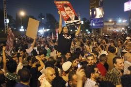 Egipto acoge el 'golpe civil' de Mursi entre el alivio y el recelo