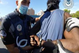 Dos individuos, arrestados tras la batalla campal con machetes en Ciudad Lineal