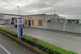 La policía pide ayuda para localizar a una mujer que entra a robar en casas de ancianos en Campos