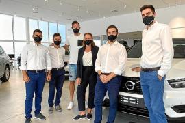 Rudy Fernández, en las nuevas instalaciones Volvo de Autovidal