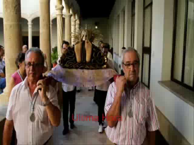 Solemnes traslados a los 'Llits' de la Mare de Déu  en la Concepción y Sant Miquel