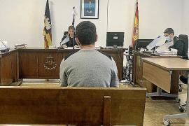 Seis años y nueve meses de cárcel por robar en tres casas de Palma