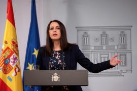 Arrimadas transmite a Sánchez su voluntad de negociar los presupuestos