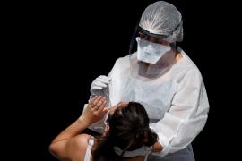 Las muertes por coronavirus a nivel mundial superan las 850.000