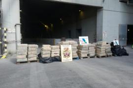 Queman en Son Reus cuatro toneladas de hachís