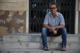 Sebastià Perelló: «Una isla, Mallorca, es un laboratorio de lo que pasa en el mundo»