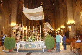 La Seu abre sus puertas con éxito a la celebración de la Mare de Déu d'Agost
