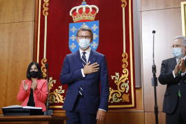 Feijóo promete su cargo por cuarta vez apelando a la «moderación» y a la «cogobernanza»