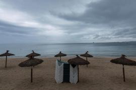 Cerradas todas las playas de Palma por la lluvia