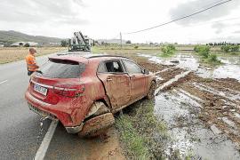 Inundaciones, desprendimientos y problemas en las comunicaciones