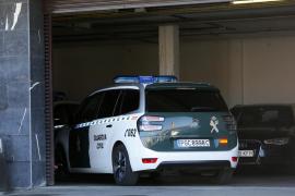 Detenidos un padre y su hijo por agredir y amenazar a dos guardias civiles