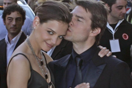 Katie Holmes pide  perdón a Tom Cruise