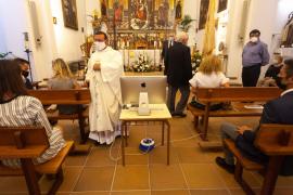 La misa por las fiestas de Jesús, en imágenes.