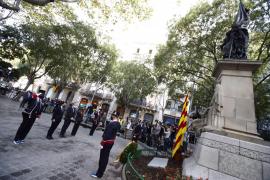 El Govern catalán inaugura la ofrenda a Rafael Casanova en una Diada atípica