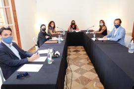Armengol avanza durante la Conferencia de Presidentes que la ley de consells insulares se aprobará en 2021