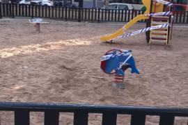 Cort cierra 177 parques y zonas infantiles en Palma