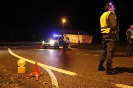 Fallece un conductor tras volcar en una rotonda de la carretera de Manacor