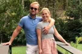 Críticas a Candace Cameron ('Padres forzosos') por esta foto con su marido