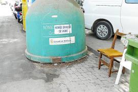 Los comerciantes de Cala Millor denuncian la falta de limpieza en la zona