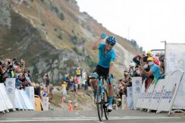 'Supermán' López se impone en el col de Loze y se sube al podio del Tour