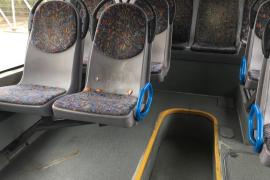 Retirados de la circulación 26 autobuses por impacto de huevos en la quinta jornada de huelga de la EMT