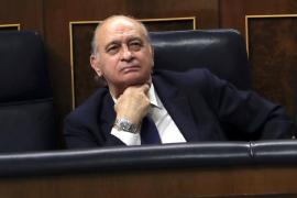 El juez cita como investigado a Fernández Díaz por espionaje