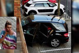 María Lapiedra empotra su coche tras confundir el acelerador con el freno