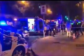 Muere un motorista de 31 años en Sevilla al chocar con una señal de tráfico
