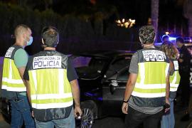 Detenidos por intentar atropellar a dos mujeres que iban cogidas de la mano