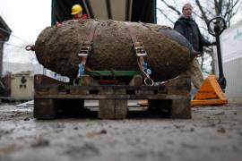 Dos buscadores de bombas de la Segunda Guerra Mundial mueren tras una explosión