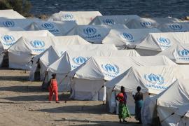 Bruselas renuncia al reparto obligatorio de refugiados y apuesta por reforzar la frontera y las expulsiones