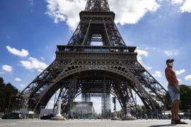 La Torre Eiffel reabre tras una falsa alerta de bomba