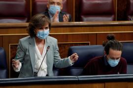 Carmen Calvo reconoce errores del Gobierno