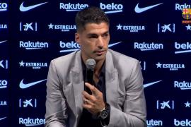 Suárez se emociona en su despedida del Barça