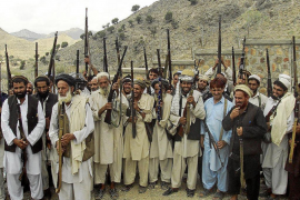 Los talibanes afganos decapitan a 17 civiles que acudían a una boda