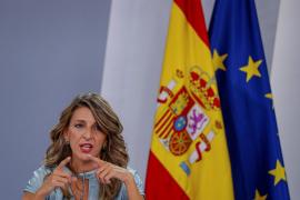 Negociación de los ERTE 'in extremis': El Gobierno y agentes sociales se reúnen este lunes