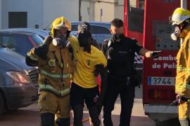 Varios heridos tras un incendio en un edificio de Son Gotleu