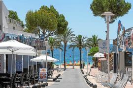 El Ajuntament de Calvià cierra un plan para animar al consumo y reactivar el comercio local
