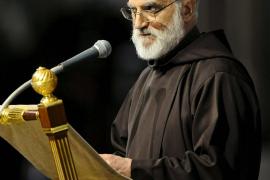 El Vaticano desautoriza al portavoz del Papa que tacha de antisemitas las críticas por pedofilia