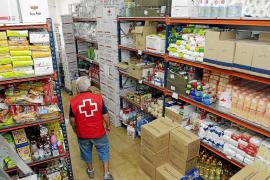 Padres de familia en ERTE, abocados a pedir comida en la pandemia