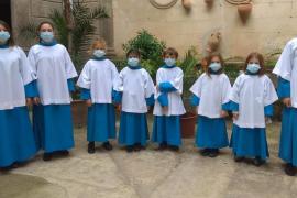 Los Blauets dan la bienvenida a ocho nuevos niños y niñas cantores