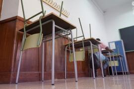 Descenso de contagios entre el alumnado y los docentes de Baleares