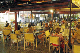 Mallorca cierra julio y agosto con un repunte  de ventas en ocio, restauración y automoción