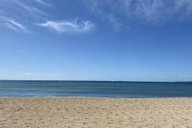 Un padre recopila fotos del mar de Mallorca para su hija que vive en Madrid