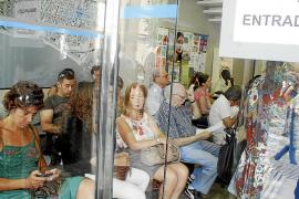 Cort refuerza el personal de las oficinas municipales por el certificado de residente